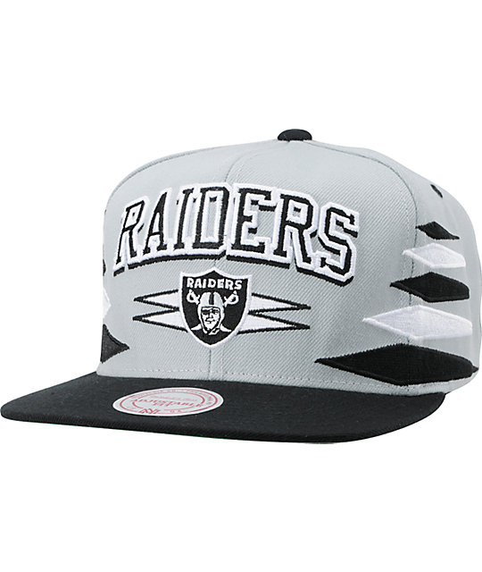 NFL Mitchell and Ness Oakland Raiders Diamond Snapback Hat