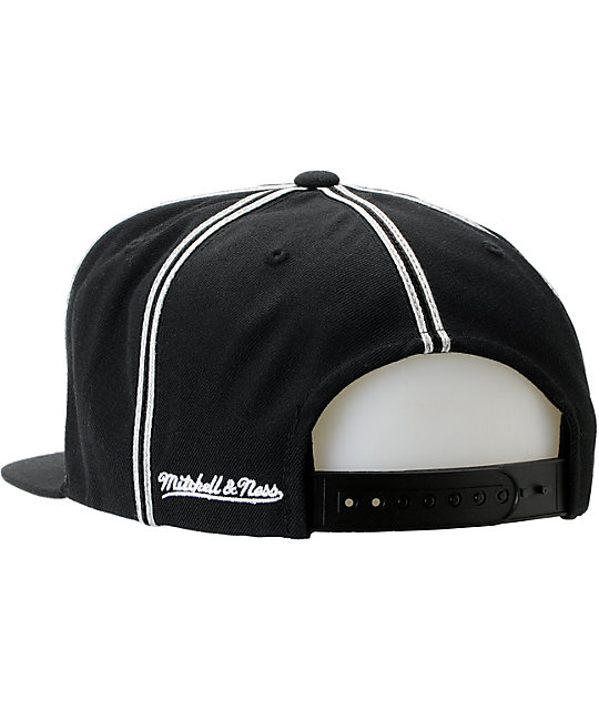 NFL Mitchell and Ness Oakland Raiders Double Pinstripe Snapback Hat