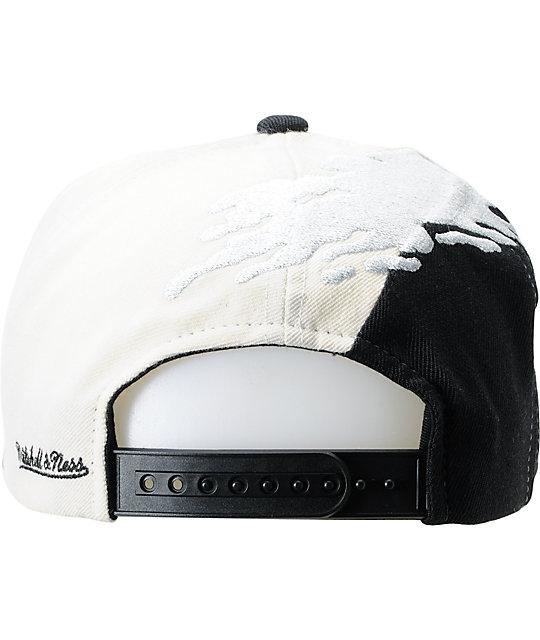 8e27c643ba5 ... NFL Mitchell and Ness Oakland Raiders Paintbrush Snapback Hat