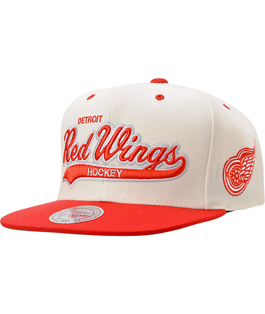 NHL Mitchell   Ness Detroit Red Wings Tailsweeper Snapback Hat  1686c8879