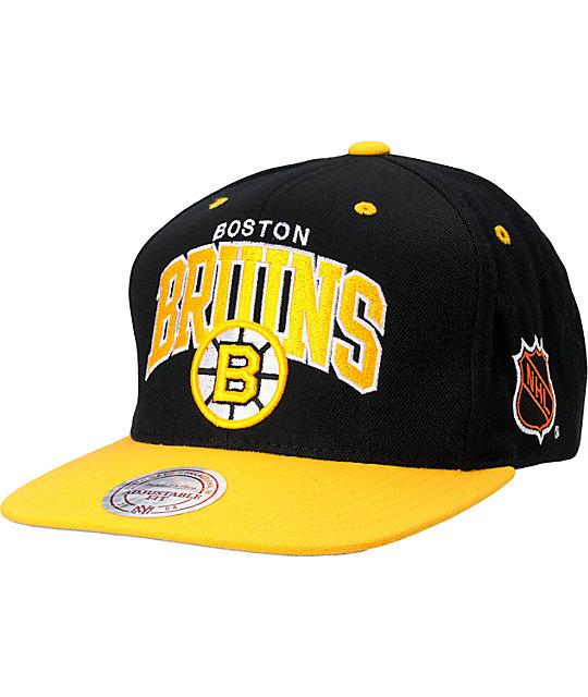70503ebcb NHL Mitchell And Ness Boston Bruins Snapback Hat