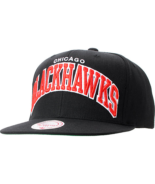 102ceaa4f05 NHL Mitchell And Ness Chicago Blackhawks Black Arch Snapback ...