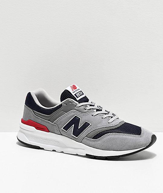 new balance gris con blanco