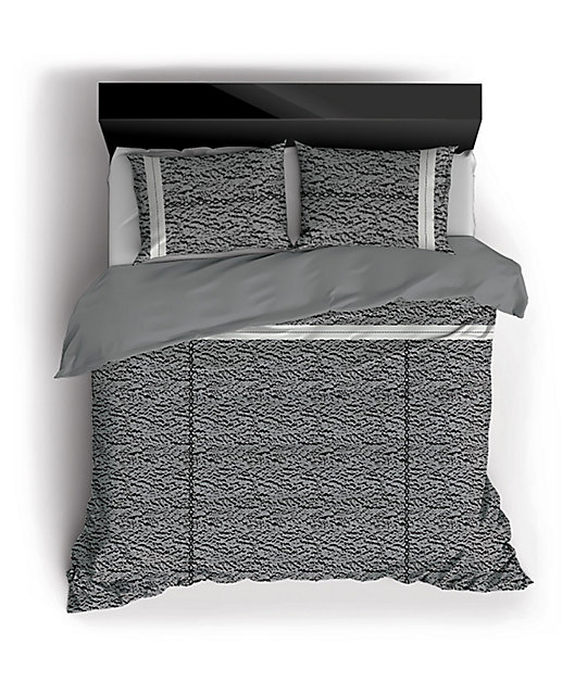 Night Shift Famous Queen Comforter Set