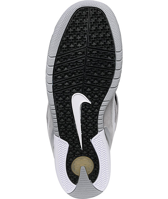 Nike 6.0 Air Zoom Oncore Wolf Grey, White & Black Shoes