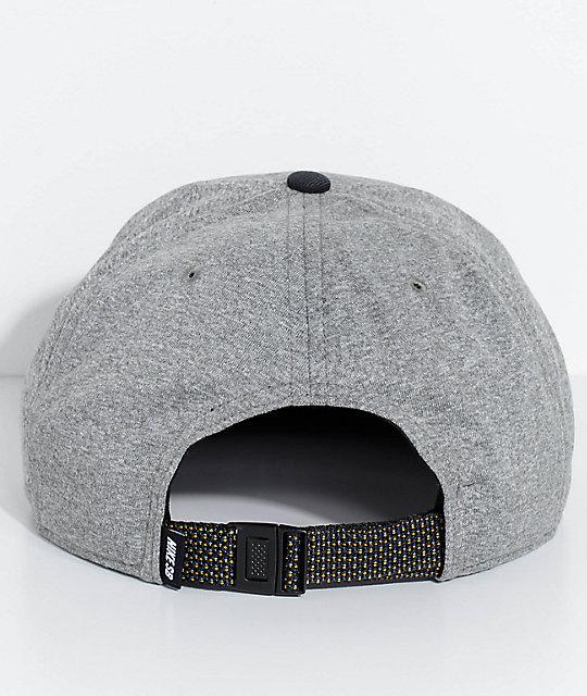 c378f1b7583 ... Nike SB Dri-Fit Aerobill gorra strapback en gris y negro ...