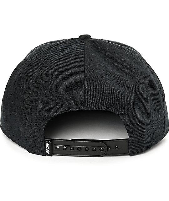 3868b7097e5 ... Nike SB Dri-Fit Arobill Black Snapback Hat ...