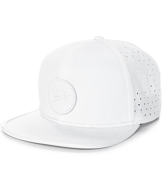 Nike SB Dri-Fit Arobill White Snapback Hat  2b7da90817a