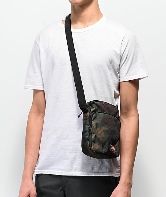 9b610031fb6b ... Nike SB Heritage Iguana Green Camo Shoulder Bag ...
