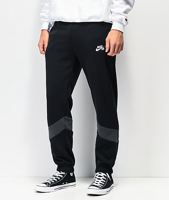 nike pants fit