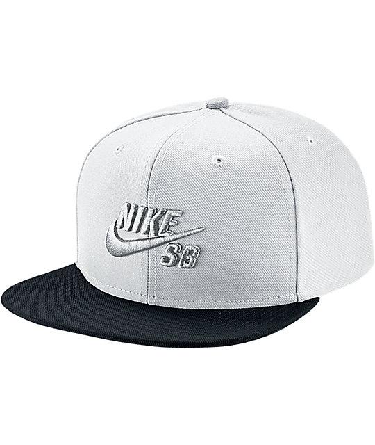 Nike SB Icon Pro White & Black Snapback Hat ...