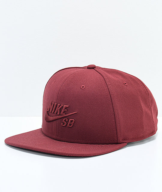 Nike SB Icon Team Red Snapback Hat