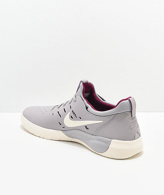new style c5f71 90445 ... Nike SB Nyjah Free Atmosphere Grey   Berry Skate Shoes ...