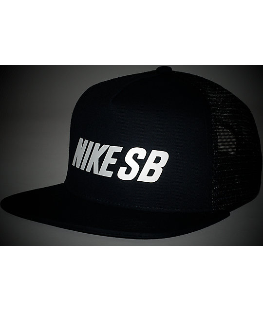 ... Nike SB Reflective Black Trucker Hat 7ef37e93529