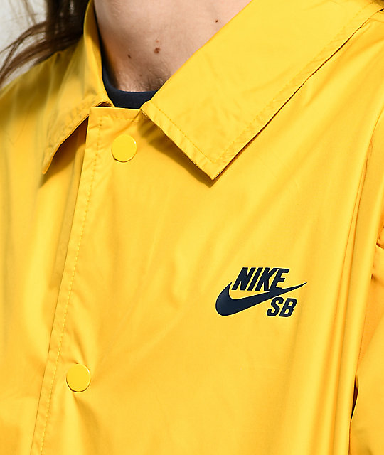 70440bb41d39 ... Nike SB Shield Gold Coaches Jacket ...