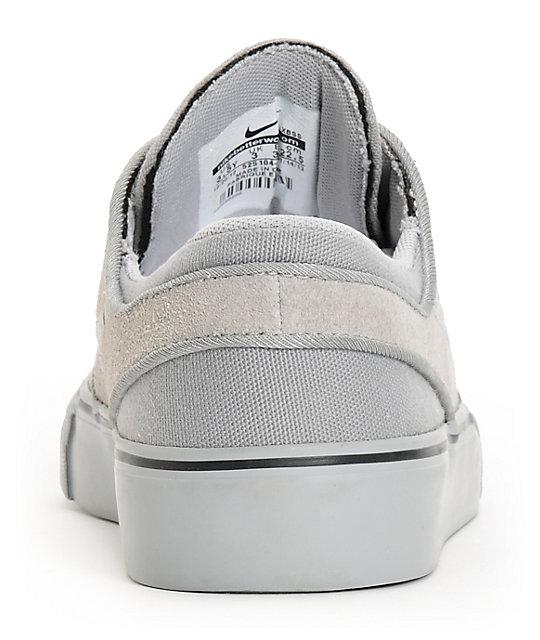 half off c6817 b3371 ... Nike SB Stefan Janoski GS Medium Grey Kids Shoes ...