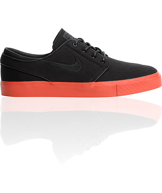 Nike SB Zoom Stefan Janoski Black Canvas & Terra Cotta Red Canvas Shoes
