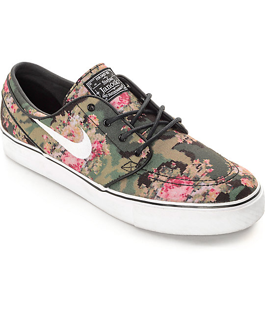 sports shoes 91e56 78936 Nike SB Zoom Stefan Janoski PR OG Digi Floral QS Skate Shoes