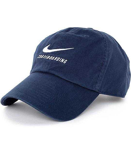 Nike SB gorra béisbol en azul marino ... 85bf73f5cc7