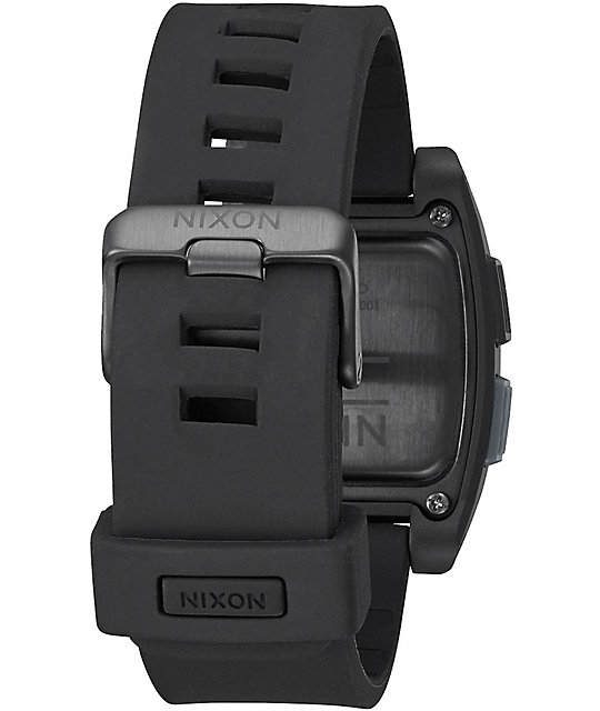 Nixon Base Tide reloj digital en negro