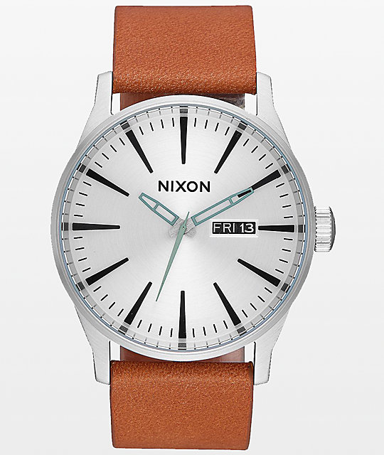 Nixon Sentry Leather reloj analógico en marrón y plata