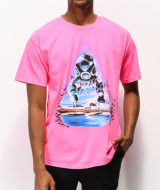 Pink Dolphin Cave Diver camiseta rosa