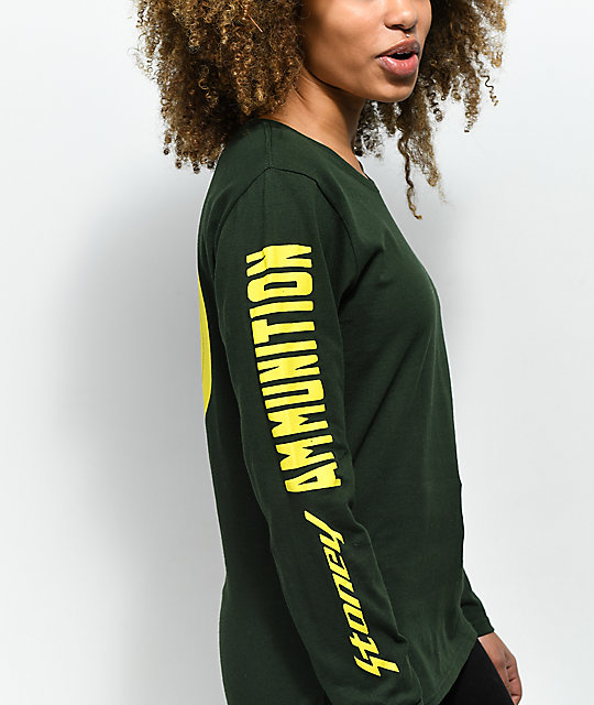 Post Malone Stoney Hunt Club Ammo camiseta de manga larga en verde oscuro y amarillo