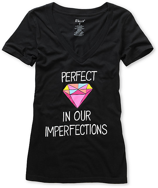 Ralik Perfect Black V-Neck T-Shirt