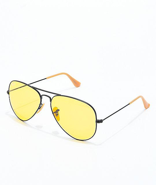 Ray-Ban Aviator Evolve gafas de sol en negro y color amarillo | Zumiez