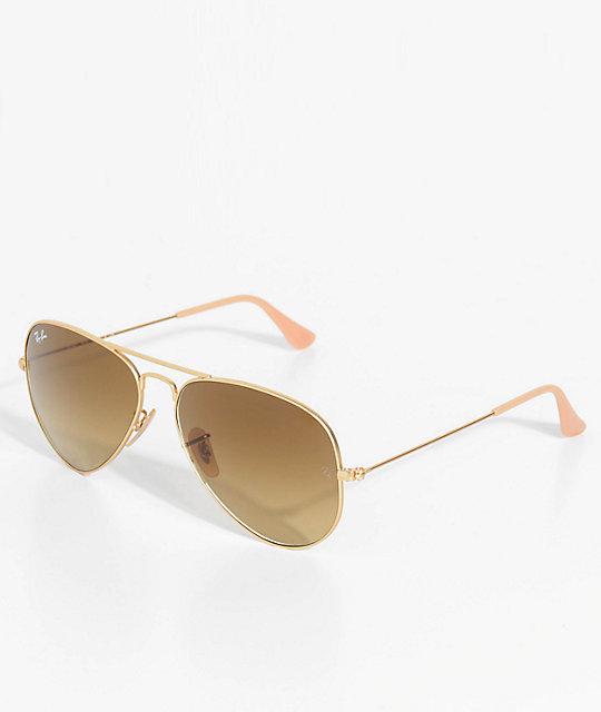 63fc057d91 Ray-Ban Aviator gafas de sol en marrón y color oro | Zumiez