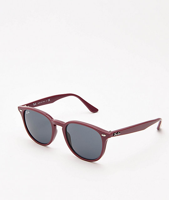 67abb6d8a8 Ray-Ban ORB4259 gafas de sol en burdeos y gris oscuro | Zumiez