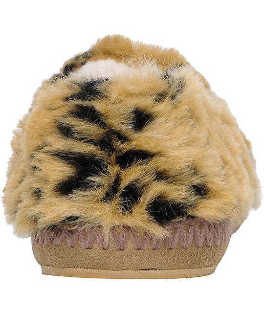 5676f64c681 Roxy Snowbird Leopard Slippers  Roxy Snowbird Leopard Slippers ...