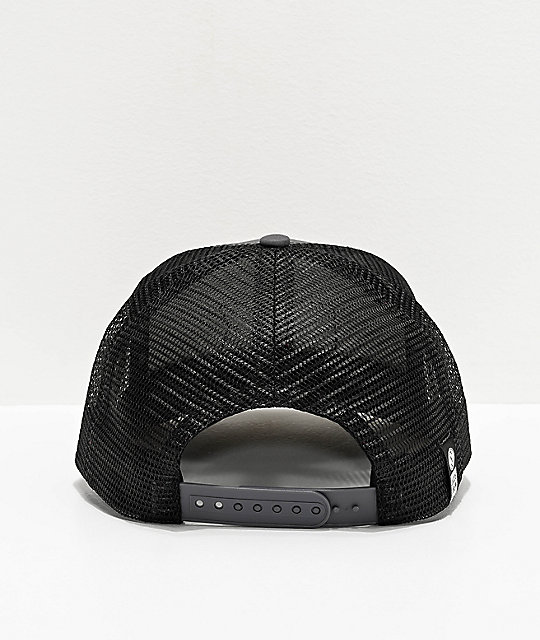 Salty Crew Pinnacle Retro Charcoal Trucker Hat