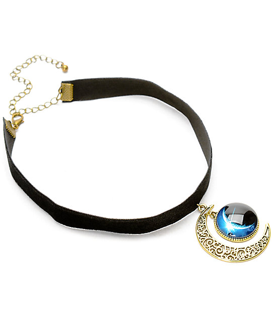 Stone + Locket Black Velvet Moon Pendant Choker