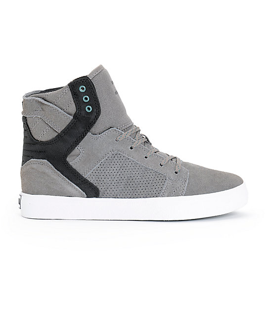... Supra Kids Skytop Skate Shoes 672a29e9b18e