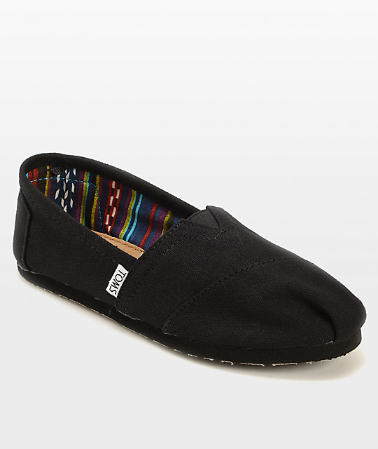 TOMS Classics All Black Womens Shoes  45d37ccd3b