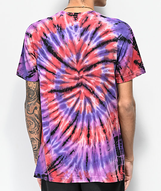 Teenage Fried My Brain camiseta tie dye morada, roja y negra