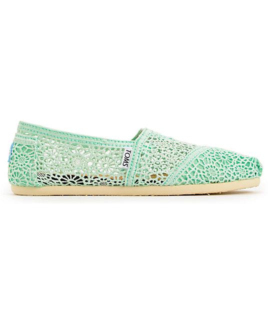 4ff7c9ee7cd4ed Toms classics mint crochet womens slip on shoes zumiez jpg 540x640 Mint toms