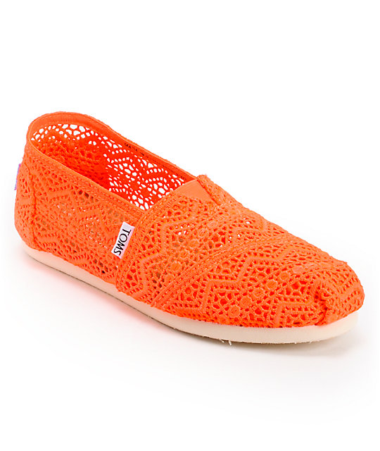 Toms Classics Neon Coral Crochet Womens Slip On Shoes ...