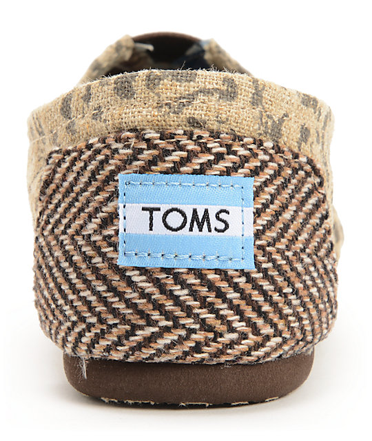 Toms Classics Tan Snow Leopard Womens Slip On Shoes