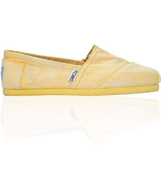 Toms Classics Yellow Palmetto Canvas Womens Slip On Shoes