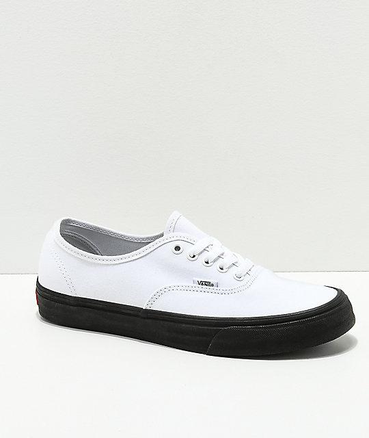 Suela Vans Zumiez Skate Negra Authentic Blanco Con De Zapatos En wwAqa0H 46392eec5aa