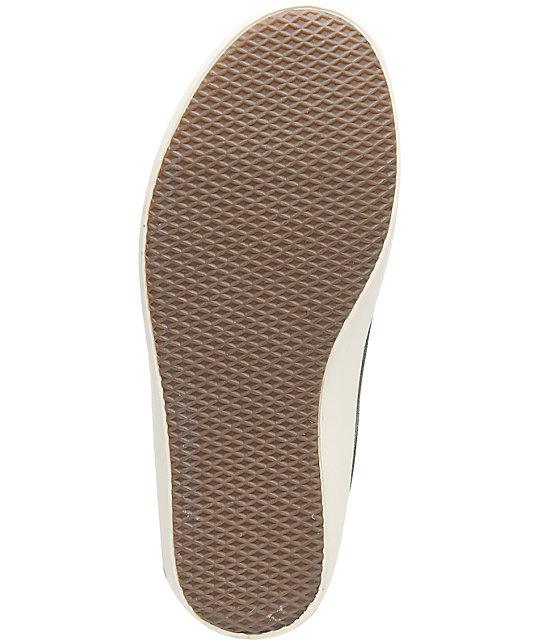 5e8b8ee161d8a4 ... Vans Bali Beluga   Turtledove Fleece Skate Shoes