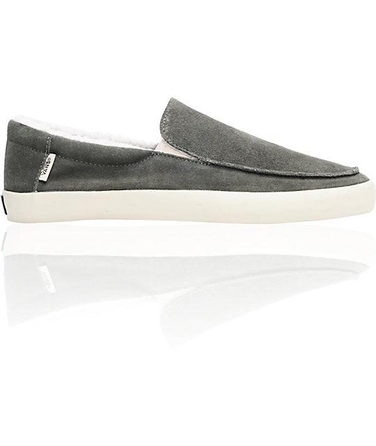84c086c426c6f4 Vans Bali Beluga   Turtledove Fleece Skate Shoes