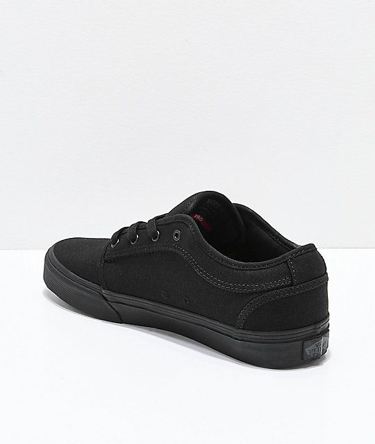 Vans Chukka Low Pro Blackout Skate Shoes