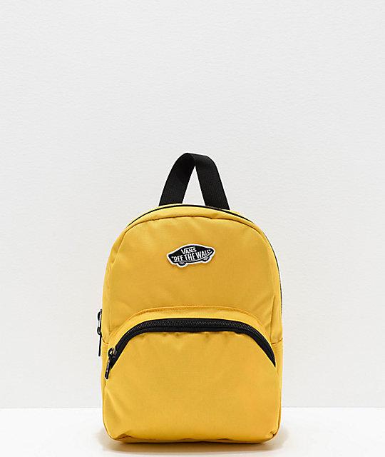 vans amarillas y negras