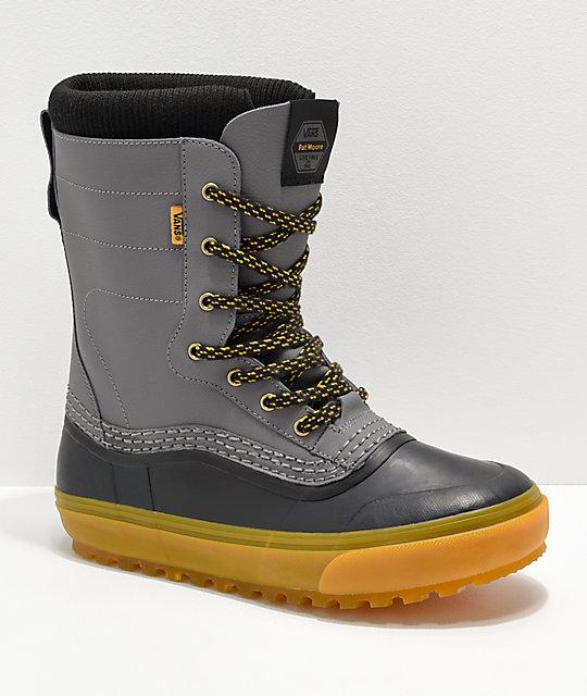 66f2327da98 Vans Pat Moore Grey   Black Standard Snow Boots