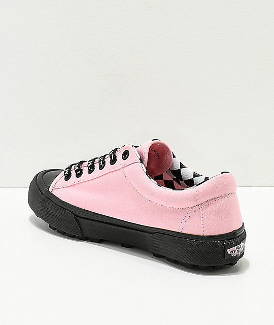 ... Vans x Lazy Oaf Style 29 zapatos negros y rosas ... 8d2e354391e
