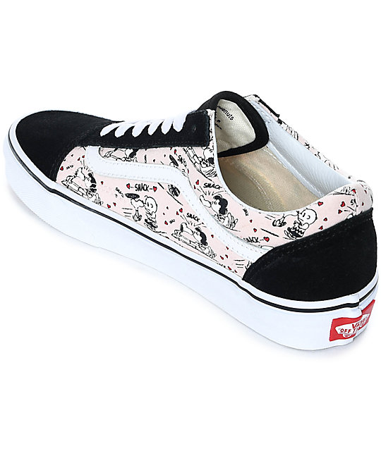 a8f8dca50a ... Vans x Peanuts Old Skool Smack Pearl Skate Shoes ...