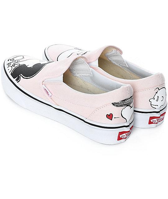 5fcf78ef4aab72 ... Vans x Peanuts Slip-On Smack Pearl Skate Shoes ...